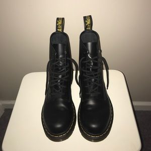 Shoes - Doc Marten Boots