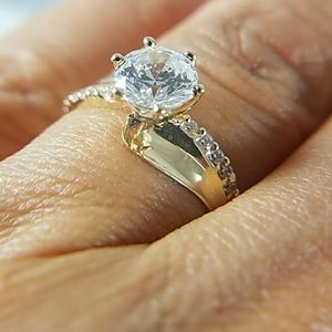 Jewelry - 14k Solid Yellow Gold Engagement Ring 1ct Center