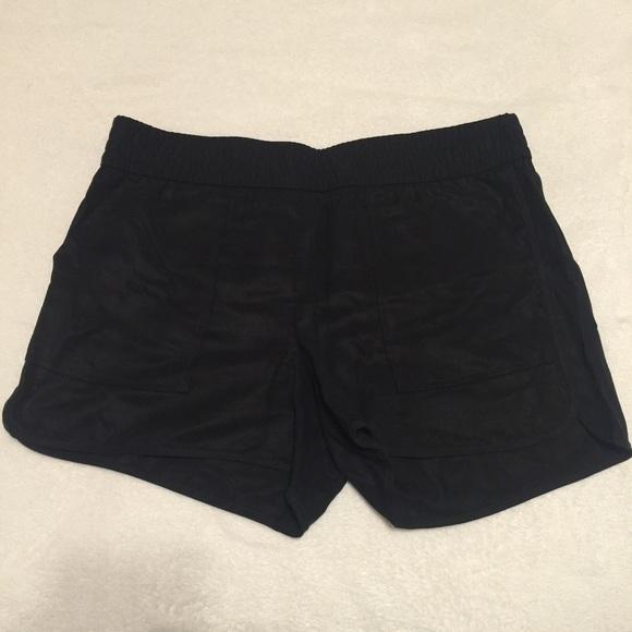 Banana Republic Pants - Banana Republic Black Shorts Small