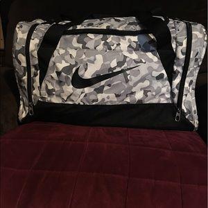 Handbags - NIKE USED DUFFLE BAG /NIKE GYM BAG /NIKE BACKPACK