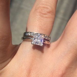 Jewelry - Beautiful 14K White Gold Solitaire Engagement Ring