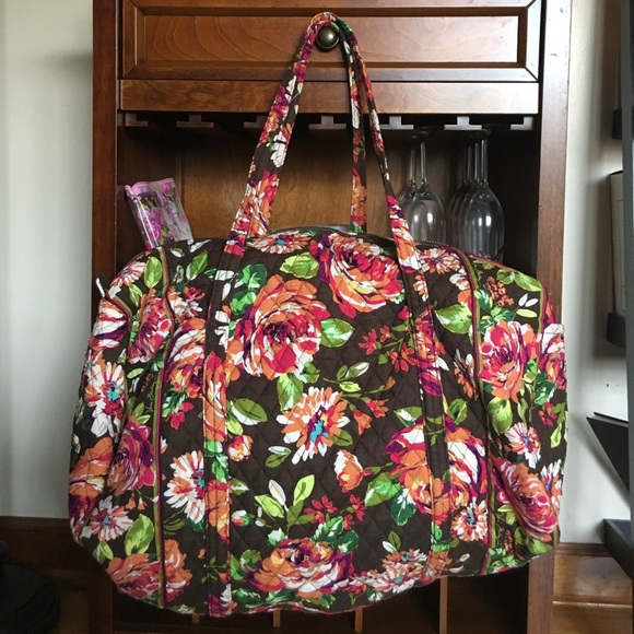 e731684eba Large Vera Bradley English Rose duffel bag. M 59807dedbcd4a7a454145f07