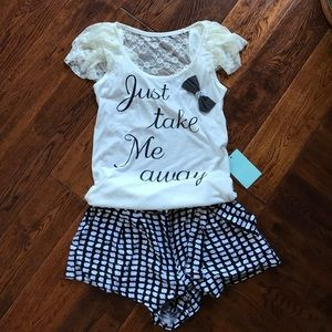 Tops - Just take me away shorts from Japan 💕