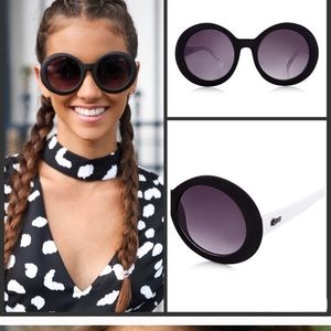 Quay Sunglasses - new with tags attached