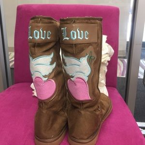 Cute Brown Suede Fleece Tall Boots, 9, NWT