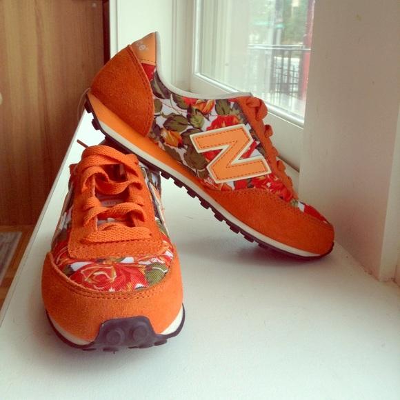 9576a5844a891 New Balance 410 Orange Floral Retro Sneaker
