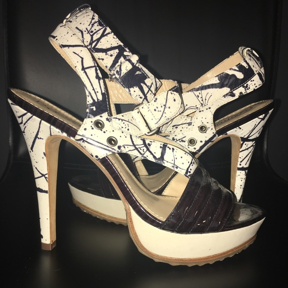 Black and white splatter heel boutique 9 size 6
