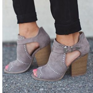 Vienna taupe buckle Studded Booties