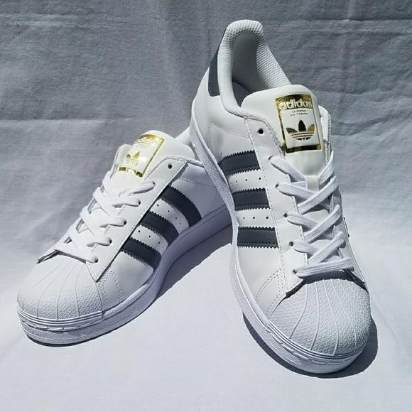 NIB Adidas Superstar Fashion Sneakers Sz 6 Mens NWT