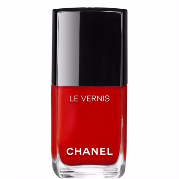 CHANEL Other - LONGWEAR NAIL COLOUR ROUGE ESSENTIEL