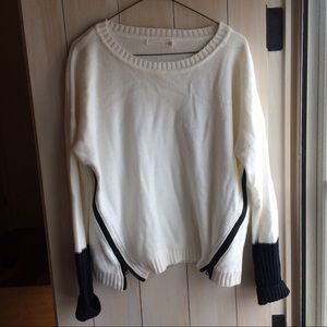 Colorblock sweater with zip detail