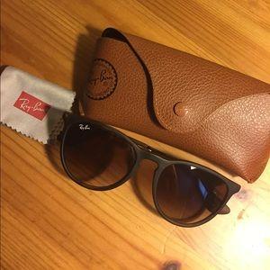Ray-Ban Erika style sunglasses