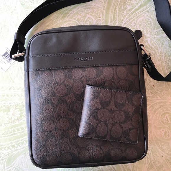 5a9f8dc51b Coach men s messenger bag+wallet signature leather