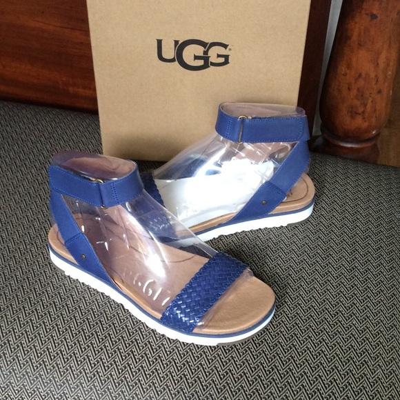 c2ebc7672ad Ugg Women's Laddie Sandal San Marino Leather