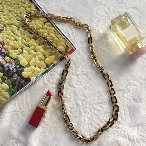 Ann Taylor Gold Chunky chain necklace