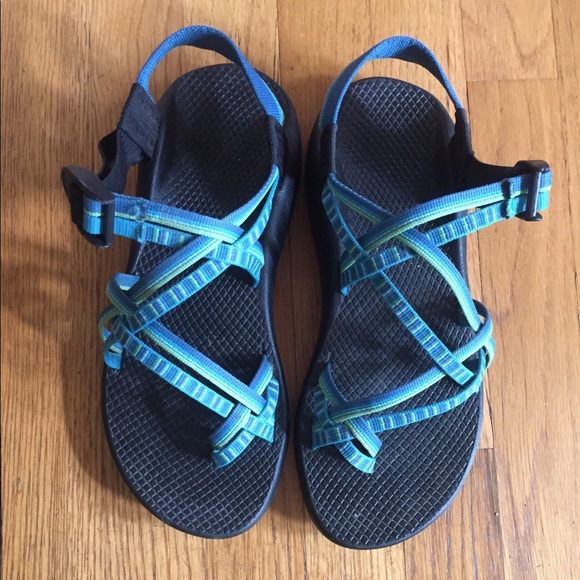 e0c301d6d821 Chaco Shoes - Chacos size 9 women s sandals ZX 2 Classic