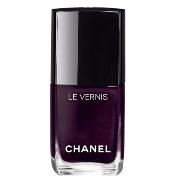 CHANEL Other - LONGWEAR NAIL COLOUR ROUBACHKA