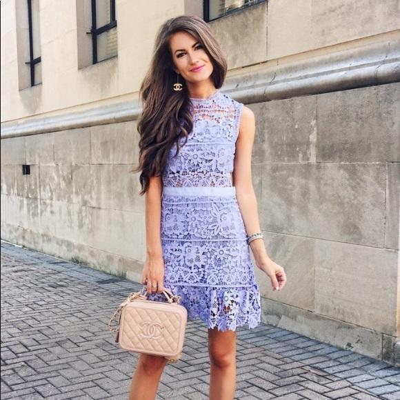 'Tyra' Lilac Lace Sleeveless Shift Dress Medium