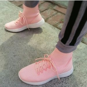 🆕//The Maxine// Blush pink Fly knit Sneakers