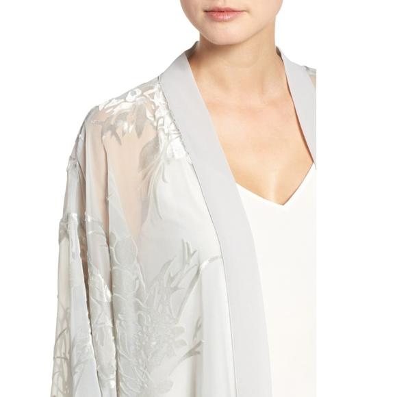 Jackets & Coats - Velvet burnout kimono