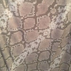 Vince Camuto Dresses - Vince Camuto Snake Skin Dress