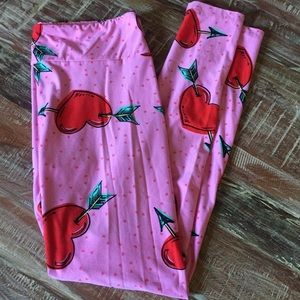 Lularoe heart leggings Tc guc pink Kawaii