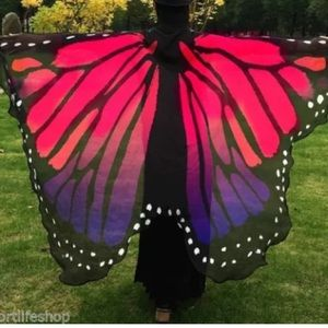 Accessories - MAKE AN OFFER‼️ BRAND NEW BUTTERFLY SCARF