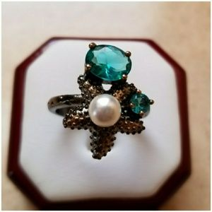 Jewelry - Genuine 3ct Aquamarine and White Akoya Pearl Ring