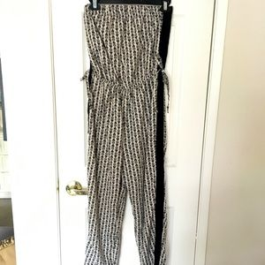 Pants - Very cute and easy to wear jump suit