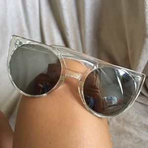 "NEW! Quay ""give and take"" clear mirror sunglasses"