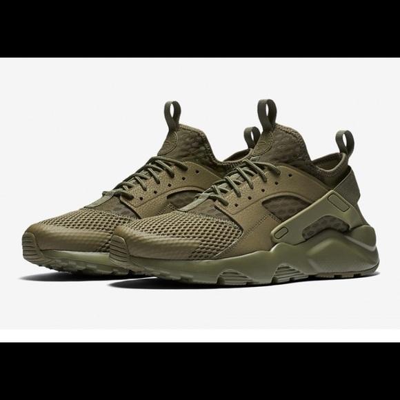 57569dd1c8b8 Military Green Nike Air Huarache. M 5981e5012ba50a5c50195677. Other Shoes  ...