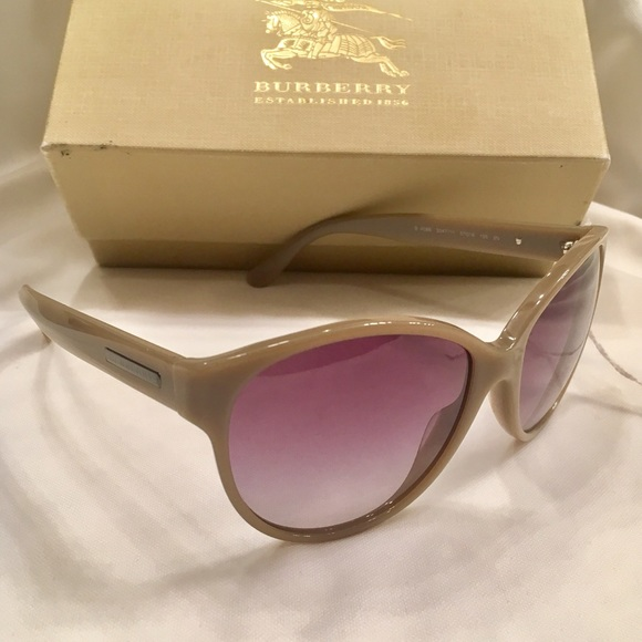 ca44f0bcf486 BURBERRY Tan Sunglasses B4088 women new