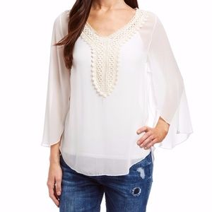 Casa Lee White Blouse with Flowy Sleeves