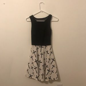 Dresses & Skirts - black and white skater dress with mesh panel back