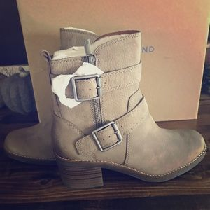 NWB Lucky 🍀 Brand Soft Leather Ankle Boots 6M