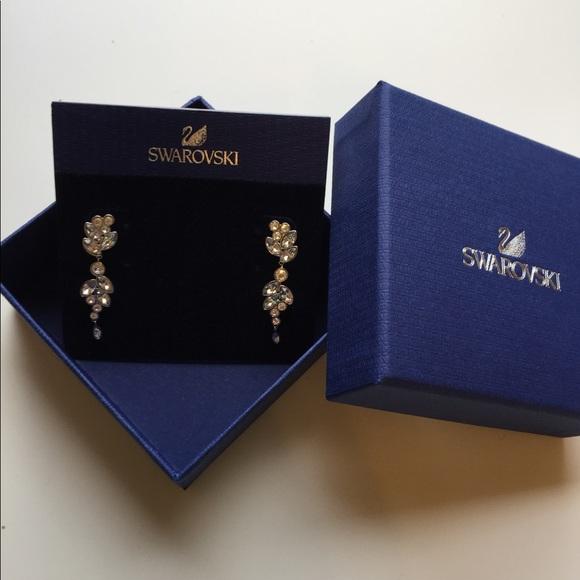 94d30d5f6 Swarovski Diapason pierced earrings. M_59823ce9bcd4a750aa00315c