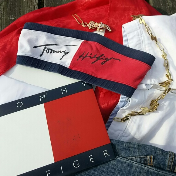 726fd6241eaaa Tommy Hilfiger vintage tube top. M 598244a05a49d0fdf0005740
