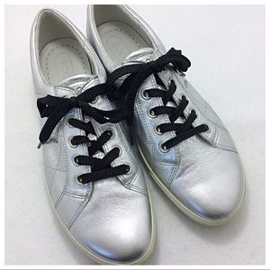Ecco Silver Metallic Sneakers