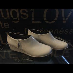 NWOB Cole Haan Patent Leather Rain Shoe