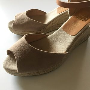 59bb3dde4dc Anthropologie Shoes - Kanna Evita wedge espadrille sandals