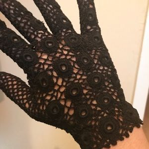The most fab gloves you'll ever see ❤️