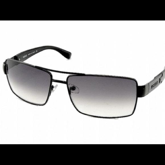 bf9f58719e96 Versace sunglasses model 2041. M 59826e1d620ff77192010fe8. Other Accessories  ...