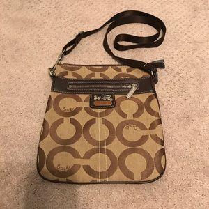 🌟 Coach Crossbody Bag