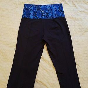 Lululemon groove pants: tall blue snake skin