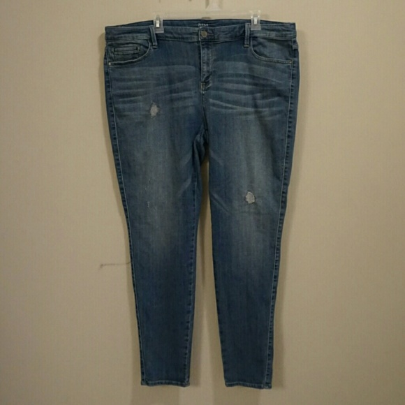 81f3e43bcaa4d a.n.a Denim - Plus size Jeggings