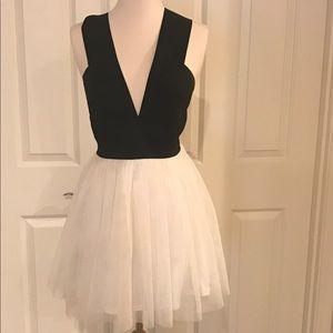 Dresses & Skirts - Black and White Cocktail Dress