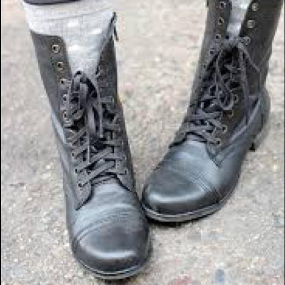 994cc301321 Steve Madden Women's Troopa Combat Boots NWOT