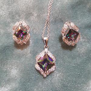 Jewelry - NWOT - Mystic Topaz earrings/pendant set