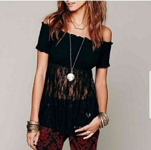 🛍🛍*Beautiful FP Cascading Lace Top*🛍