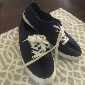 Old Navy tennis shoes
